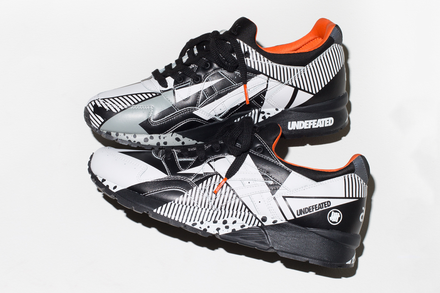 undefeated-asics-gel-lyte-v-disarray-02