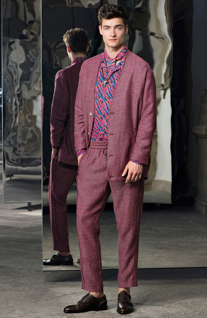 01-trussardi-menswear-spring-2017