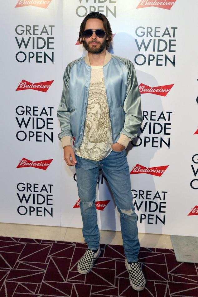 Jared-Leto-wears-Gucci-Souvenir-Jacket-Ksub