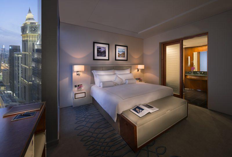 Jumeirah_Emirates_Towers_-_Club_Junior_Suite_-_Bedroom