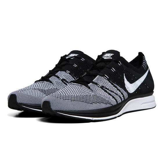 Nike-Flyknit-Trainer-1
