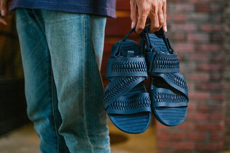 nikelab-woven-solarsoft-zigzag-sandal-03