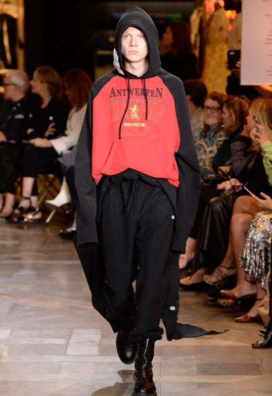 vetements-spring-summer-2017-collection-20-550x800