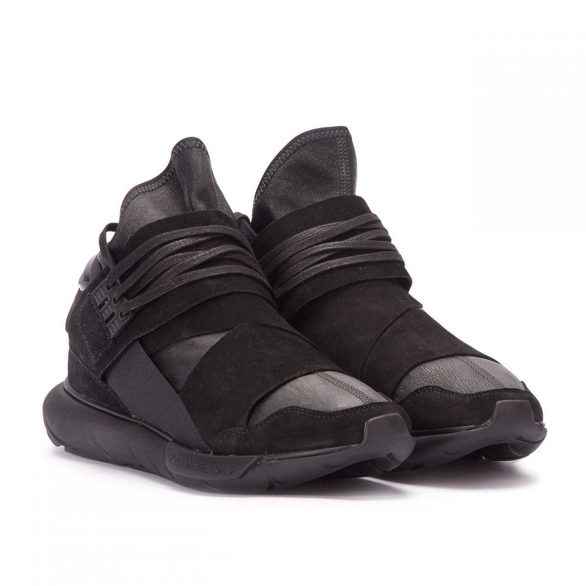 y-3-qasa-high-leather-1-1200x1200