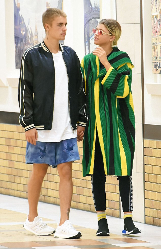 Justin-Bieber-jacket-Off-White-shorts-Adidas-sneakers-2