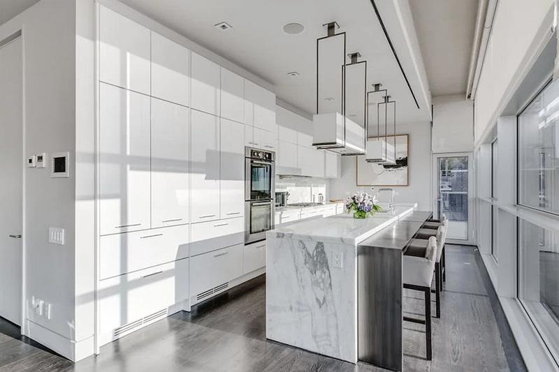 kim-kardashian-west-new-york-penthouse-airbnb-09