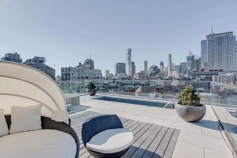 kim-kardashian-west-new-york-penthouse-airbnb-13