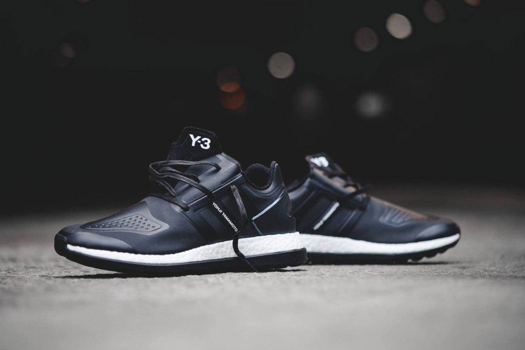 y-3-adidas-pure-boost-core-black-sneaker-2