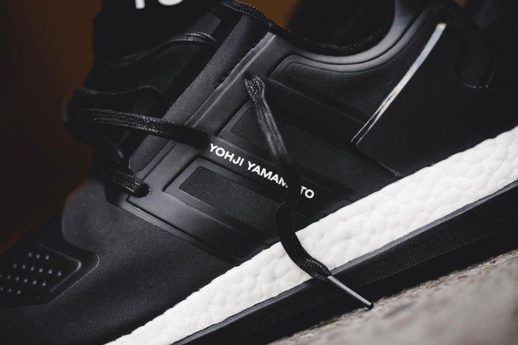 y-3-adidas-pure-boost-core-black-sneaker-3