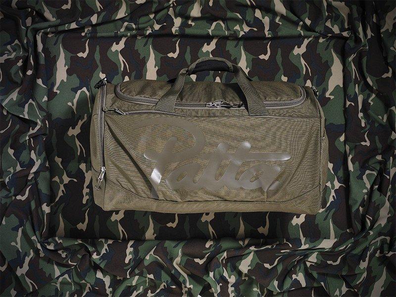 patta-fw16-sportsbag-1024x769