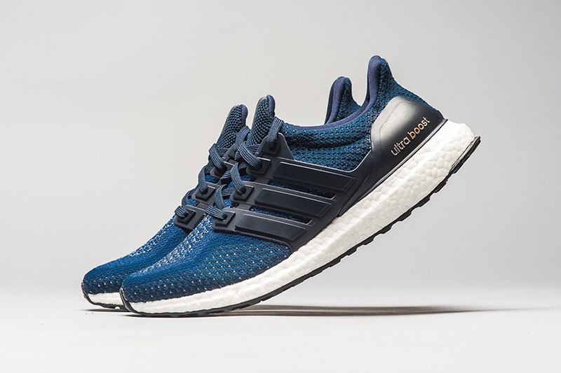 Ultra-Boost-Navy-Gold-1