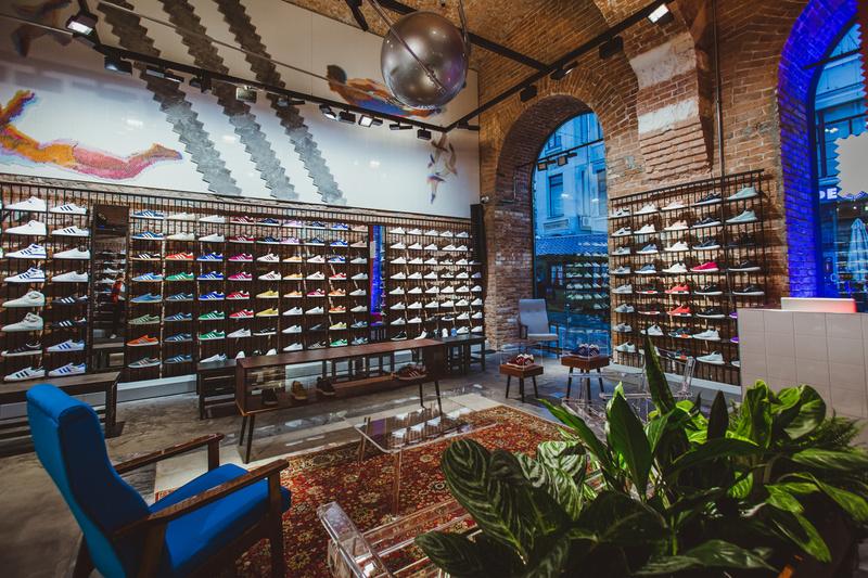 adidas-originals-flagship-store-moscow-2