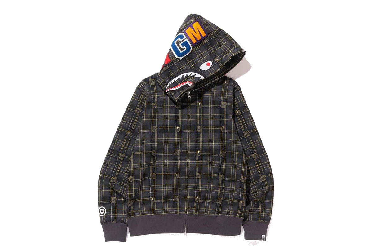 closer-look-undefeated-x-a-bathing-ape-collection-8