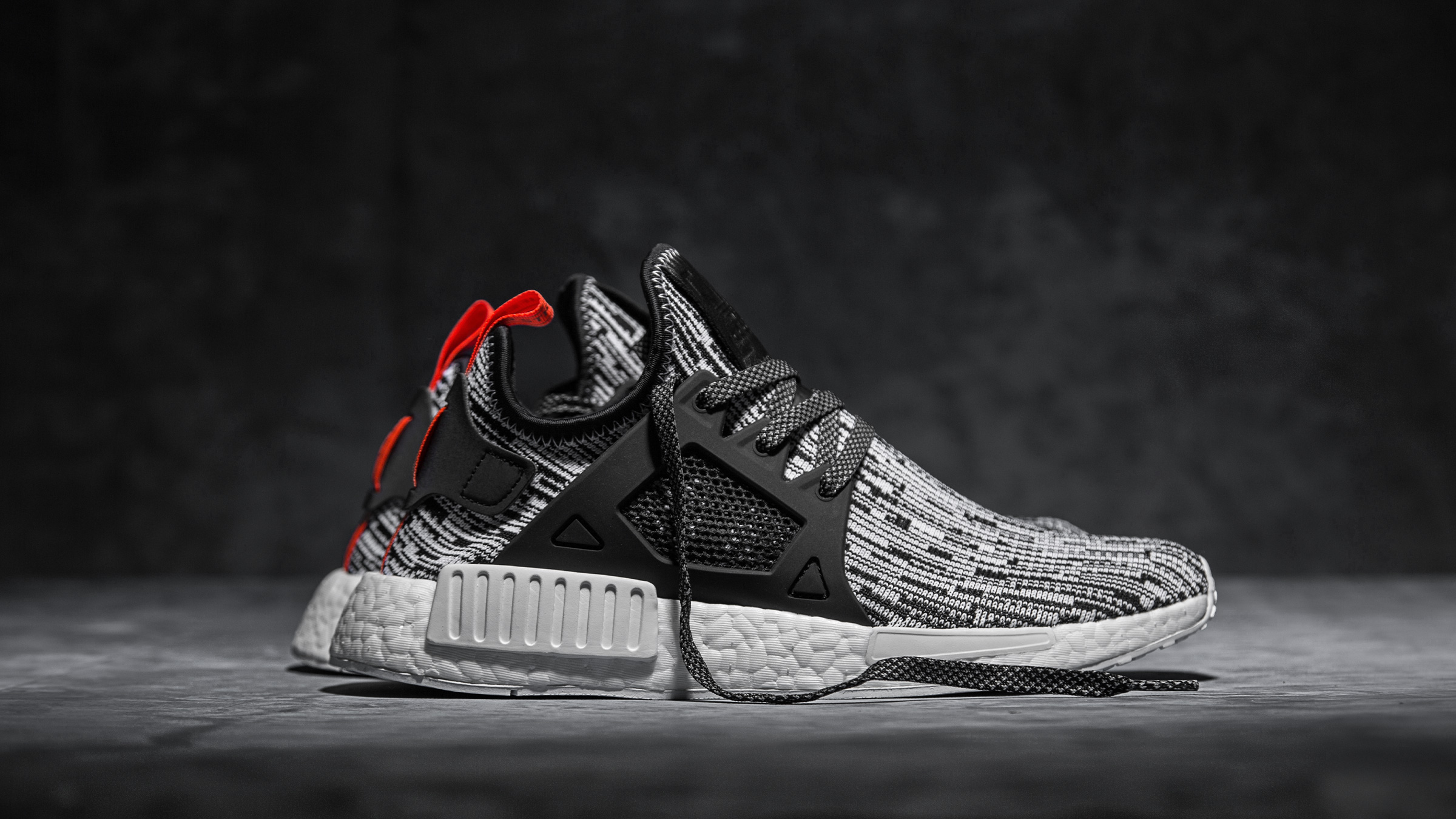 nmd_xr1_s32216_2709_main_