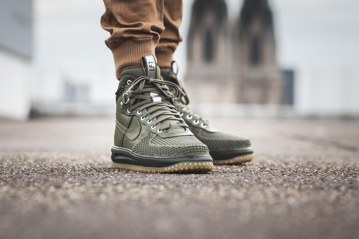 Sneaker Watch: Nike Lunar Force 1