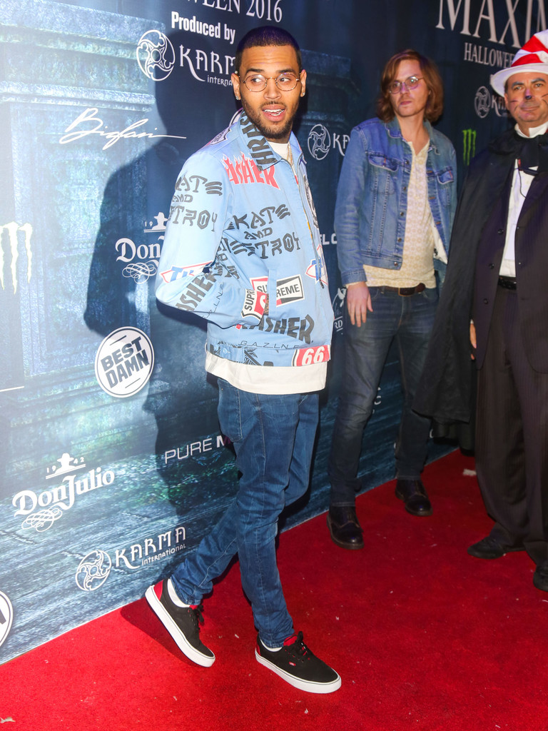 chris-brown-supreme-thrasher-jacket-2