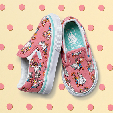 ho16_classics_toystory_elevated_classicslip-on_woodybopeep_toddler