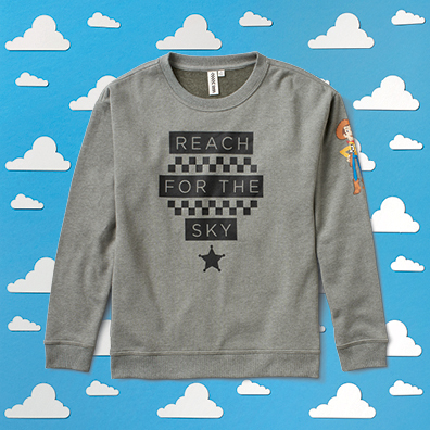 ho16_classics_toystory_elevated_reachforthesky_crewsweater