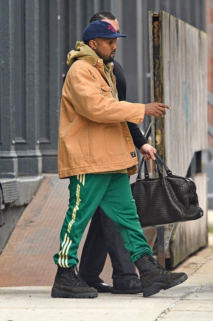 kanye-west-yeezy-season-calabasas-sweatpants-1