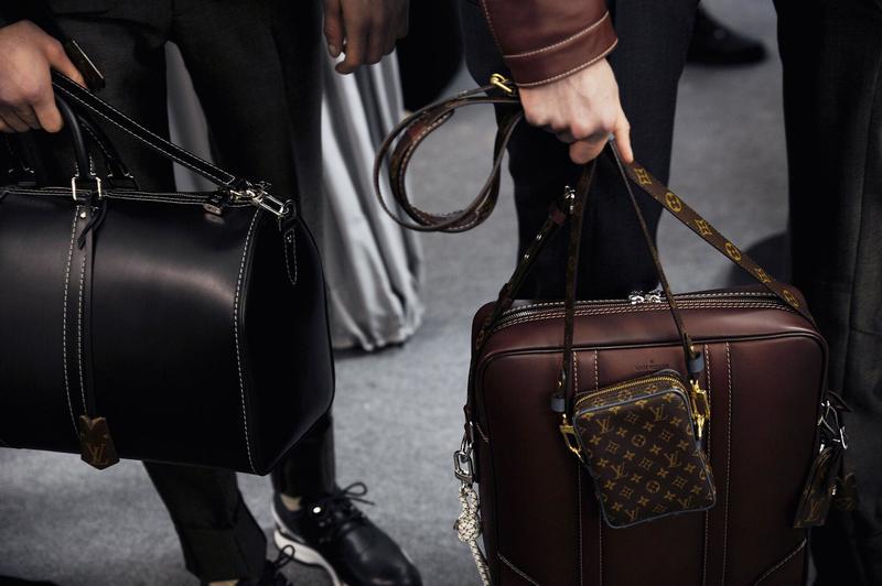 louis-vuitton-backstage-2015-bags