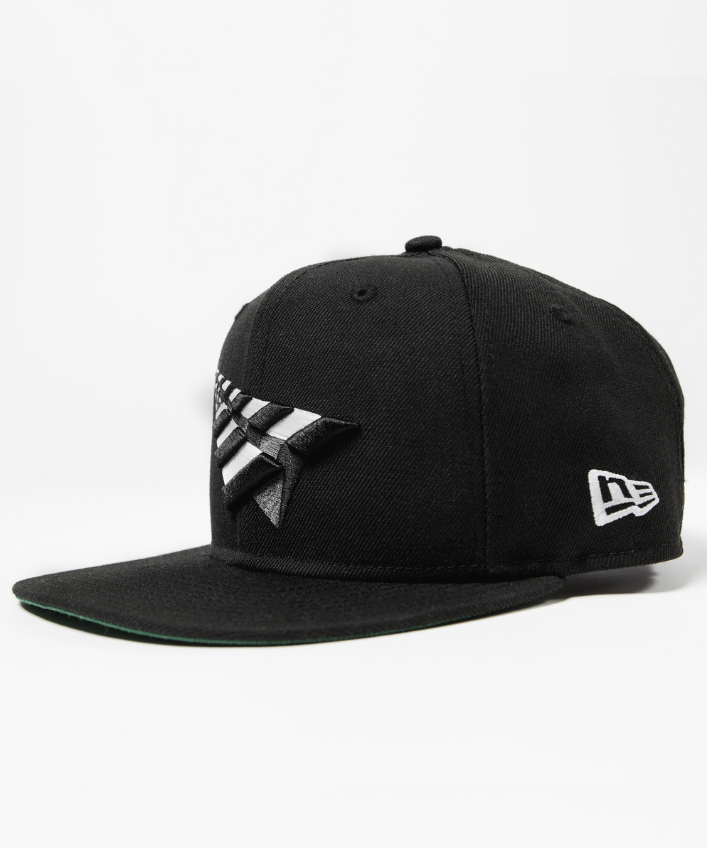 rn0014h02-green-product_02-img_1000-thecrownneweraoldschoolsnapback-1281244800