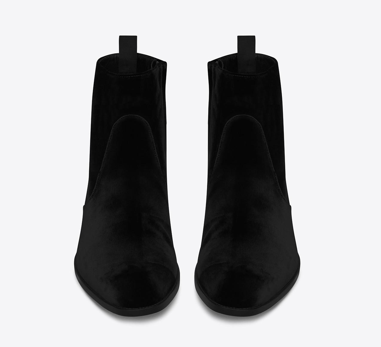 saint-laurent-signature-wyatt-30-zipped-boots-2