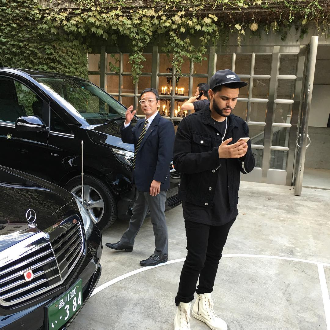 the-weeknd-givenchy-hat-mr-completely-jacket-rick-owens-sneakers