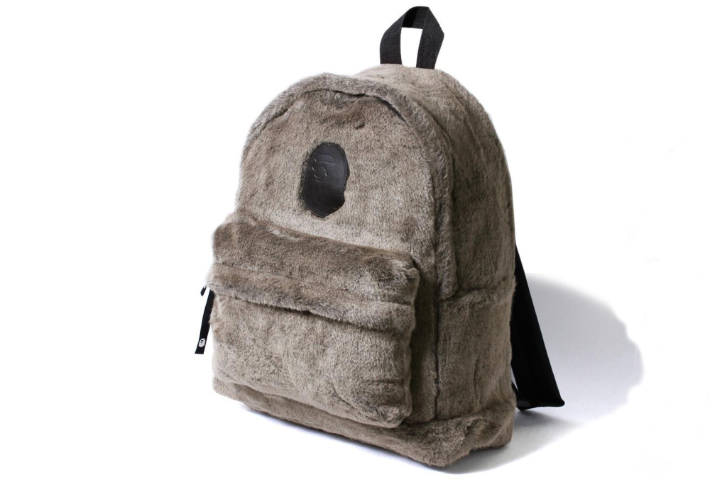 bape-a-bathing-ape-fur-backpack-001