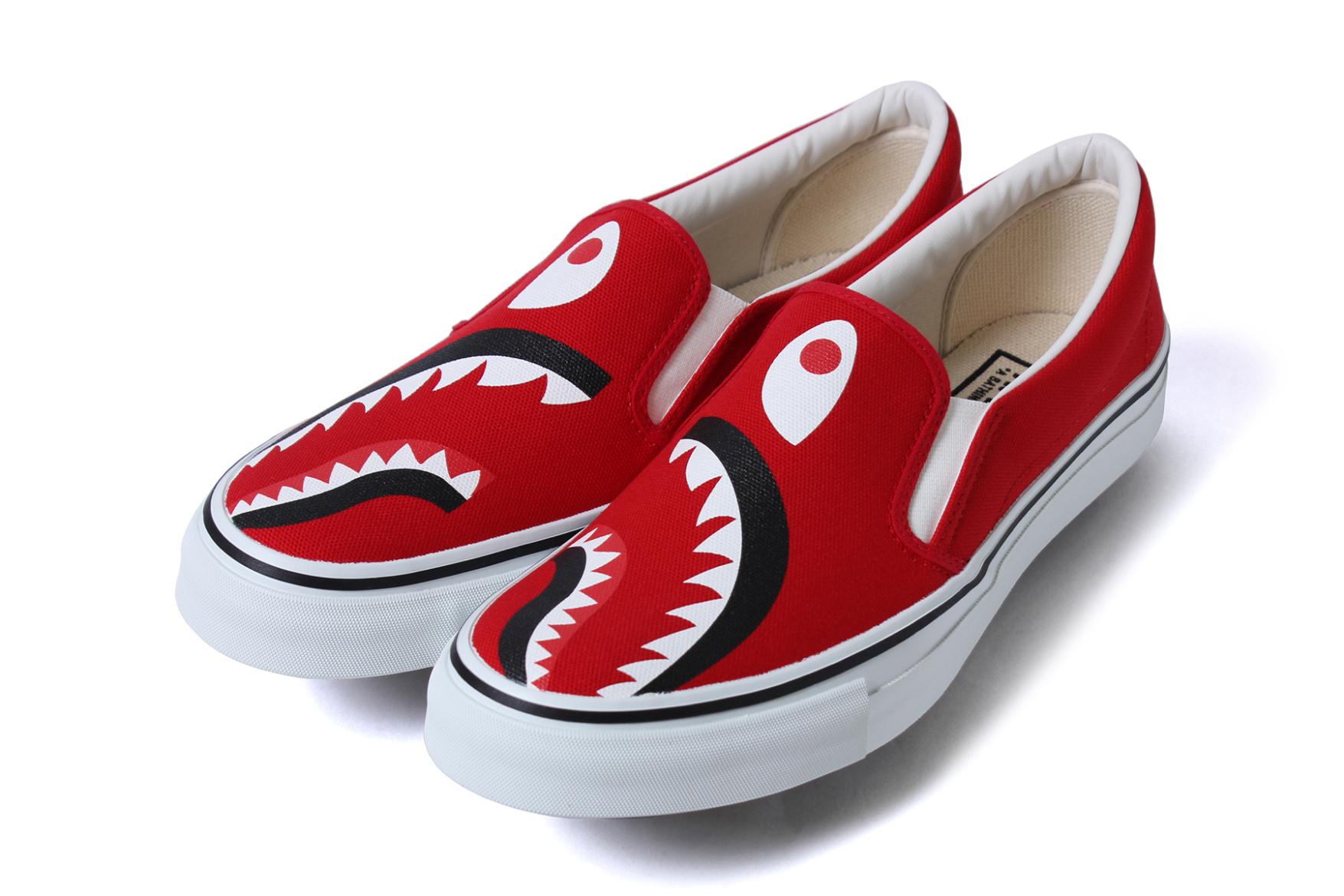 bape-shark-footwear-slip-on-yank-sta-5