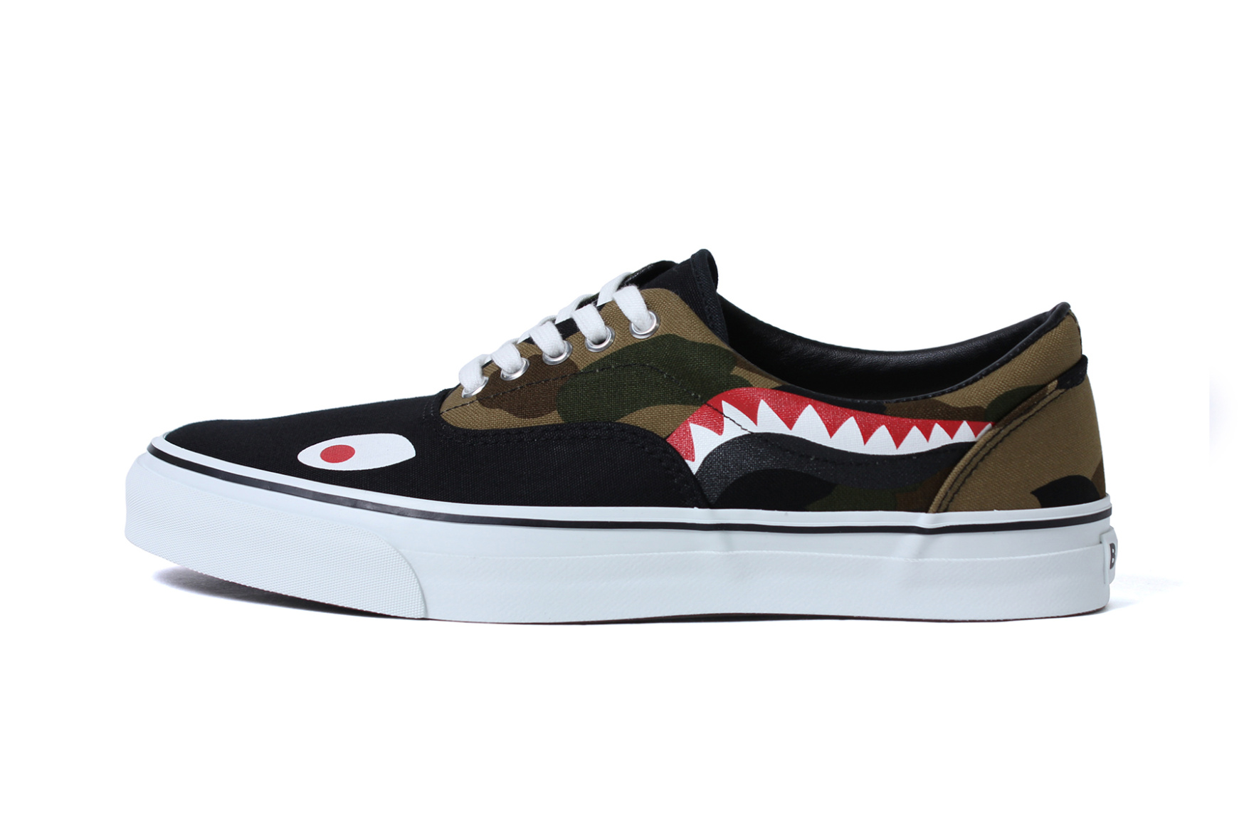 bape-shark-footwear-slip-on-yank-sta-7