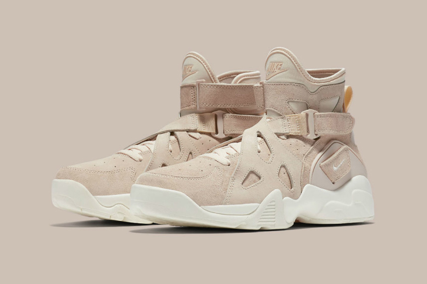 nikelab-air-unlimited-tan-001