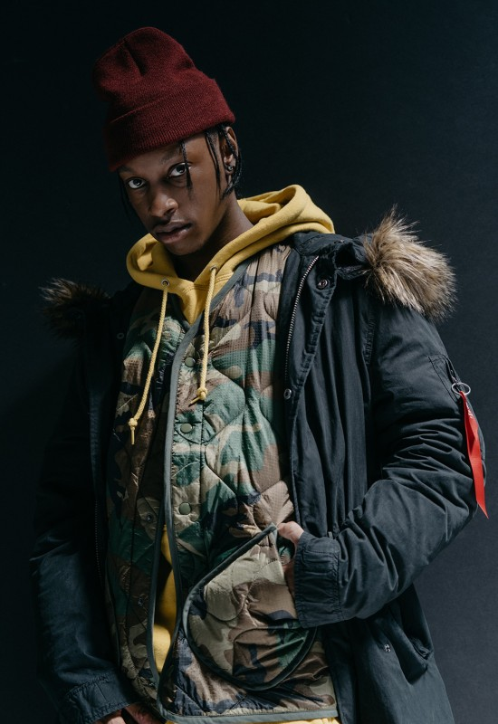 urban-outfitters-alpha-industries-denzel-curry-campaign-04-550x800