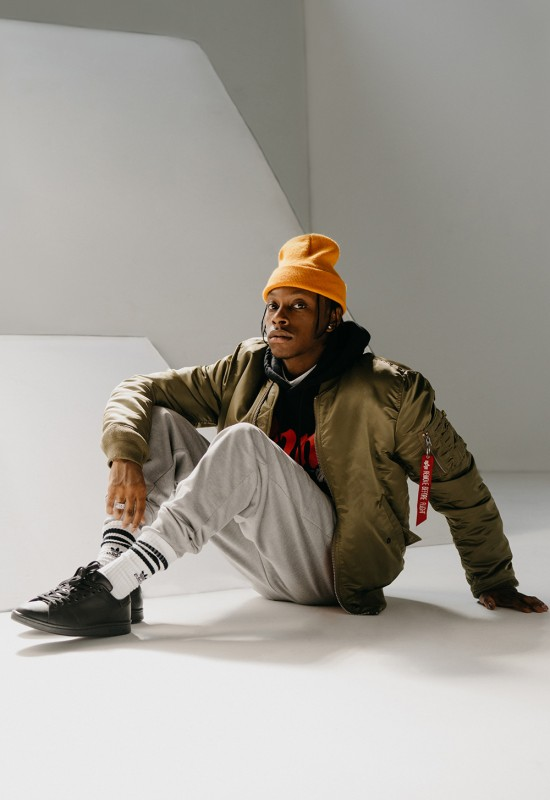 urban-outfitters-alpha-industries-denzel-curry-campaign-08-550x800