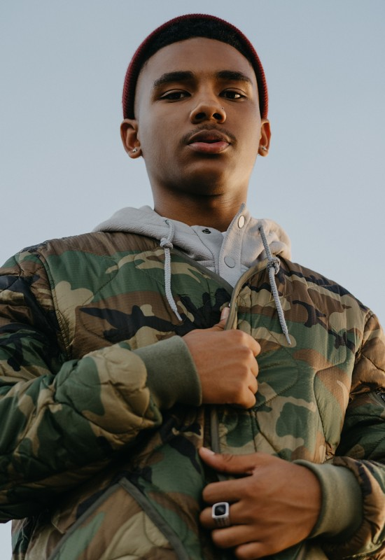 urban-outfitters-alpha-industries-denzel-curry-campaign-15-550x800