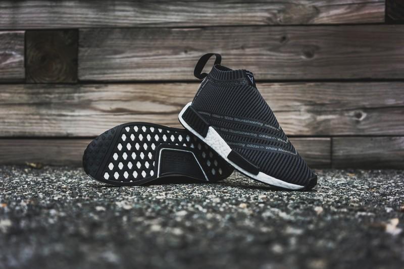 white-mountaineering-adidas-originals-city-sock-01-1200x800