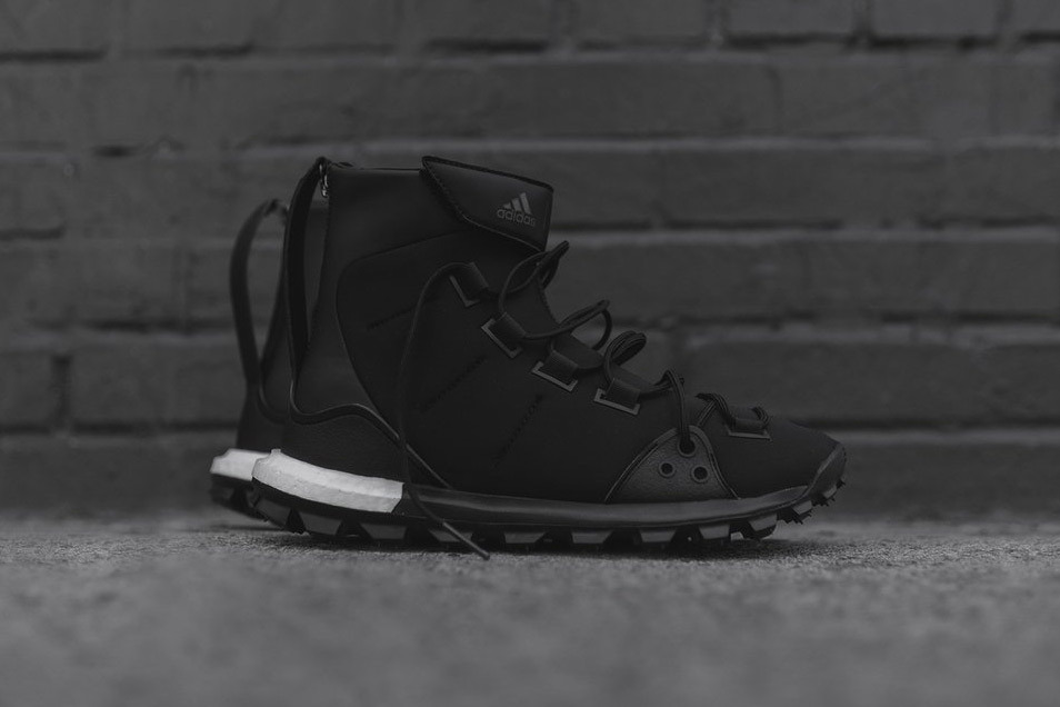 y-3-approach-mid-top-trail-x-silhouettes-2