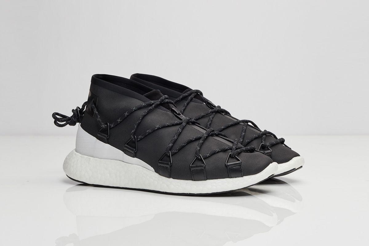 y-3-cross-lace-run-black-white-01