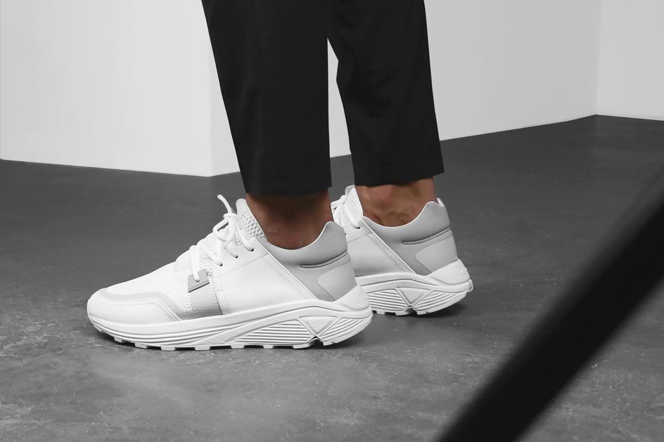 04-etq-amsterdam-sonic-runner-white-1