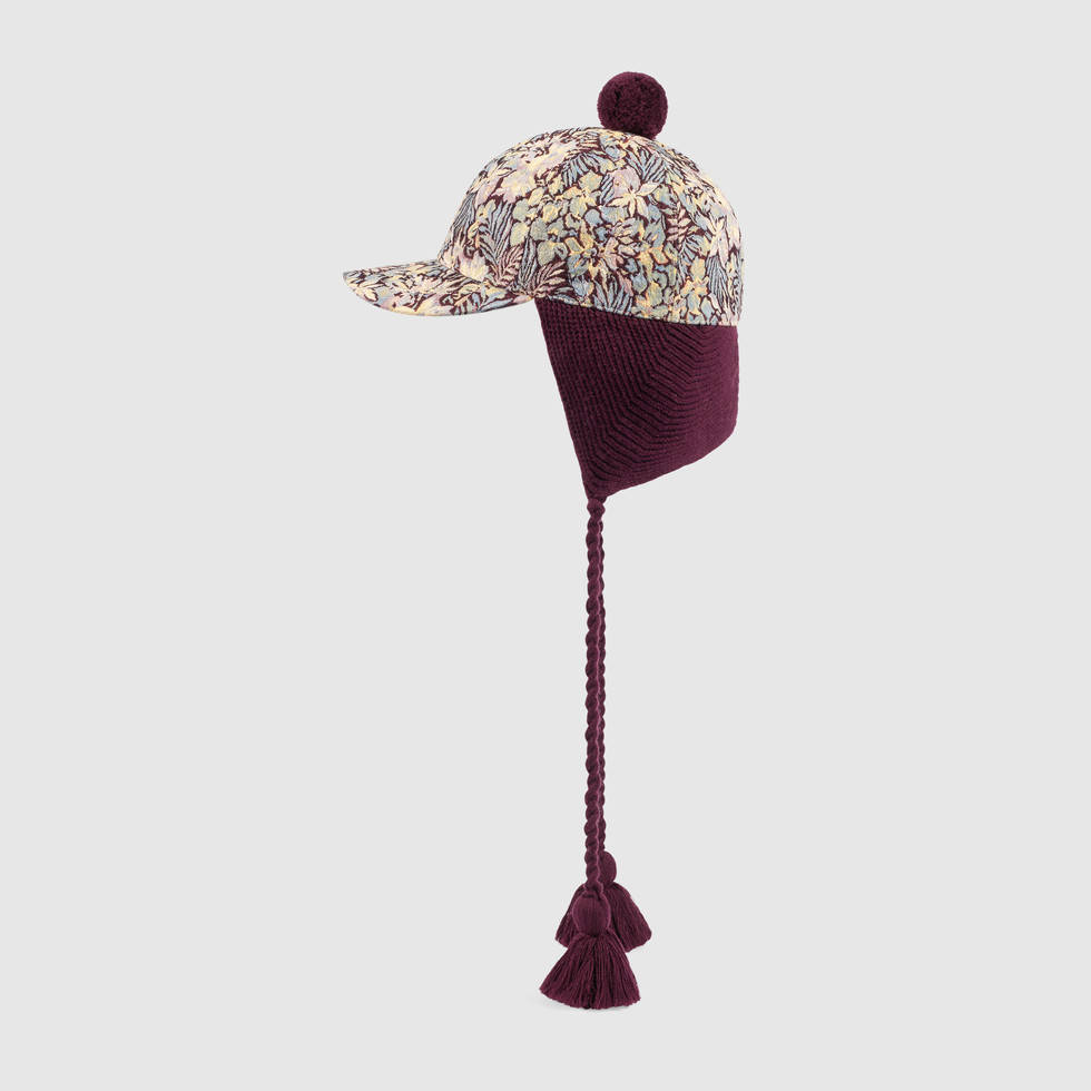 439029_4ha79_6173_001_100_0000_light-floral-tapestry-cap-with-ear-flaps