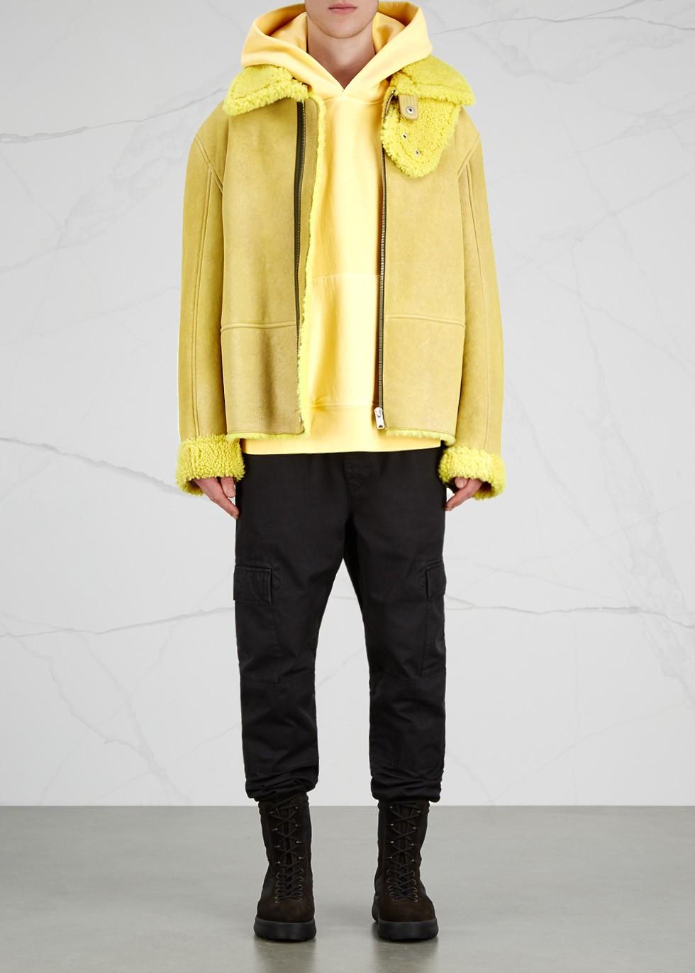 611979_yellow_4