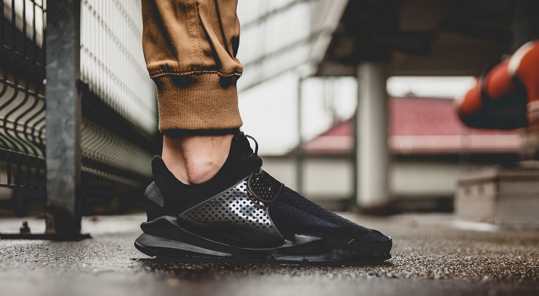 afew-store-sneaker-nike-sock-dart-black-black-volt-37
