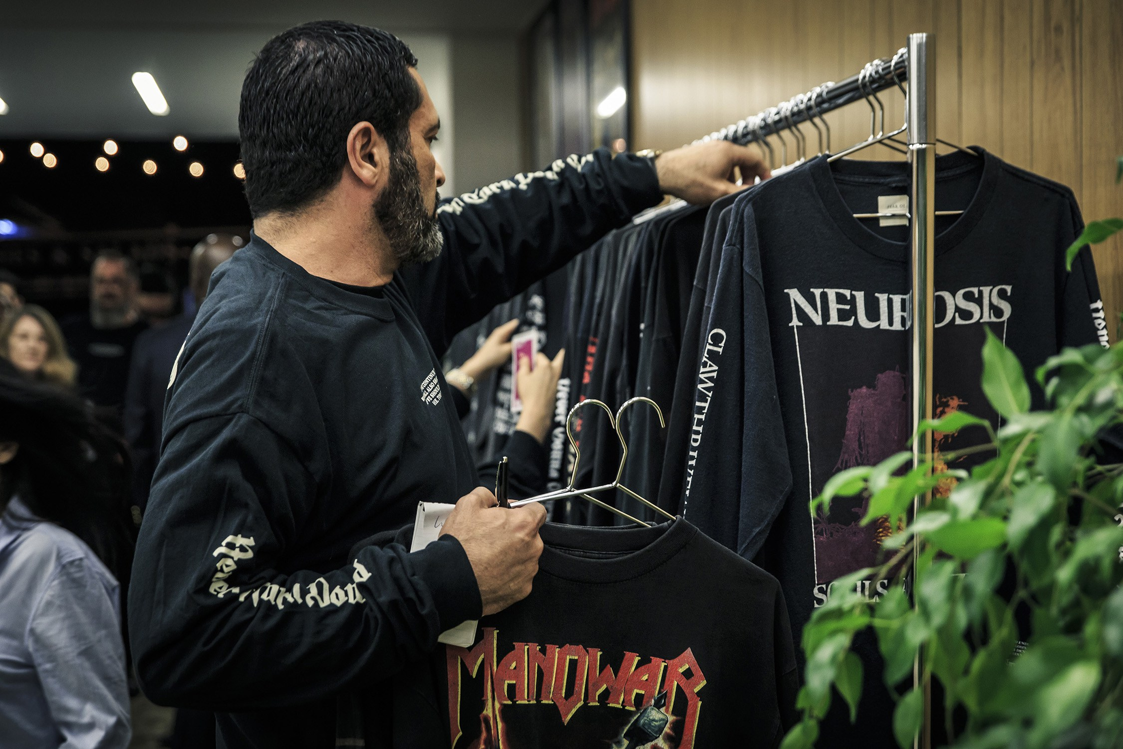 fear-of-god-pop-up-los-angeles-maxfield-12