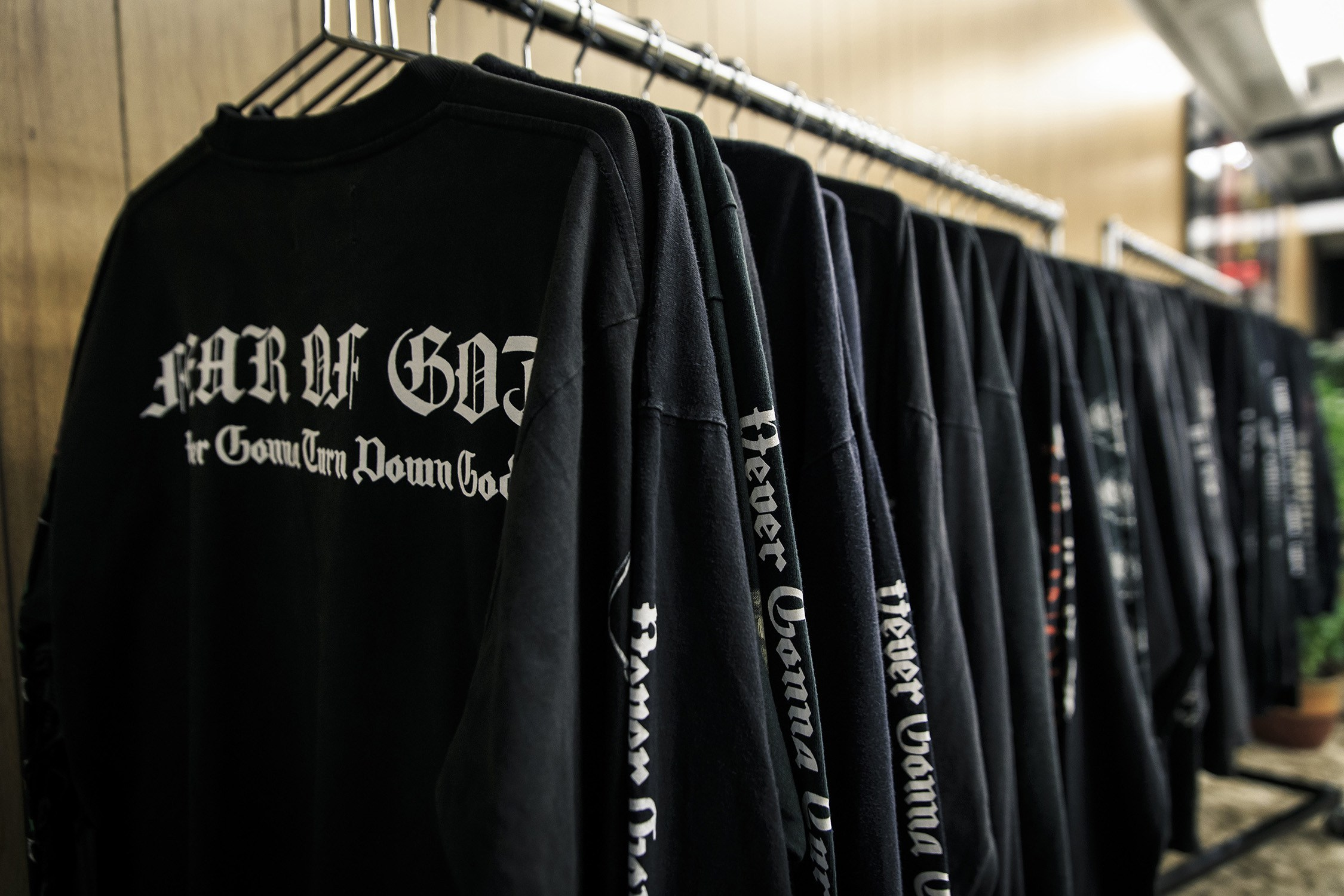 fear-of-god-pop-up-los-angeles-maxfield-6