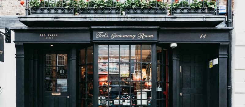 teds-grooming-room