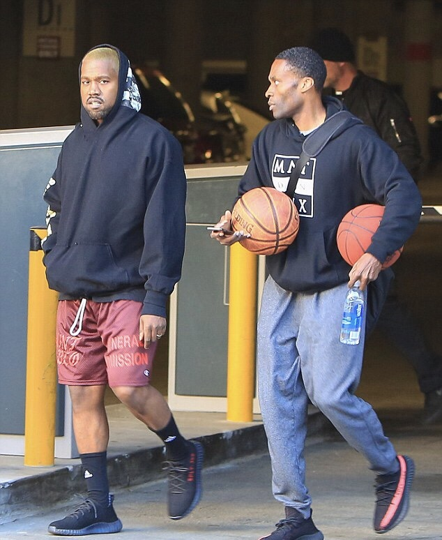 kanye-west-saint-pablo-adidas-yeezy-boost-350-v2-sneakers-2