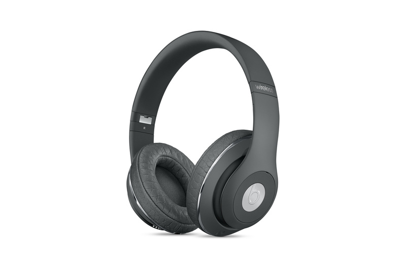 alexander-wang-beats-studio-wireless-special-edition-headphones-dove-gray-1