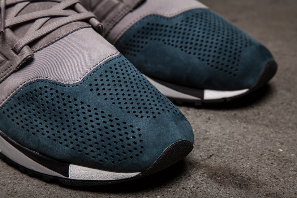 new-balance-247-friends-and-fam-pause-nb4