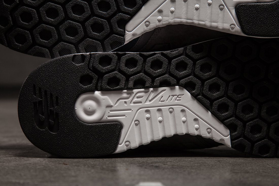 new-balance-247-friends-and-fam-pause-nb6