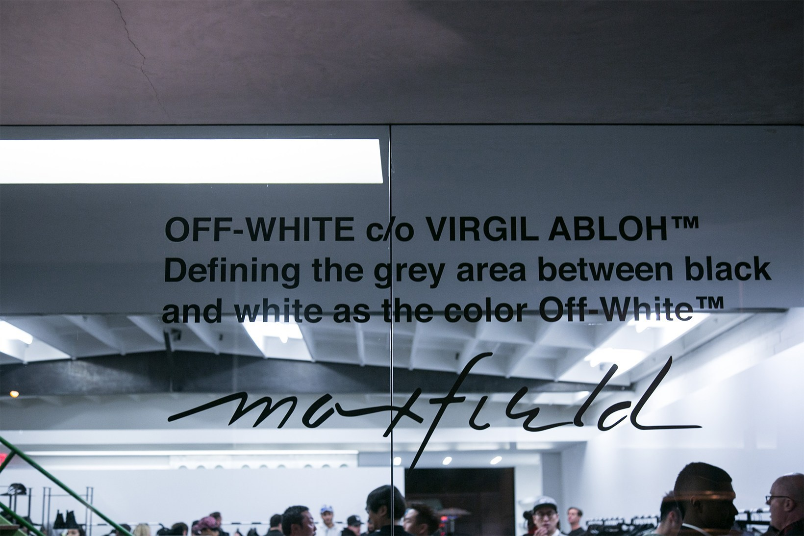 off-white-pop-up-maxfield-photographs-pause25