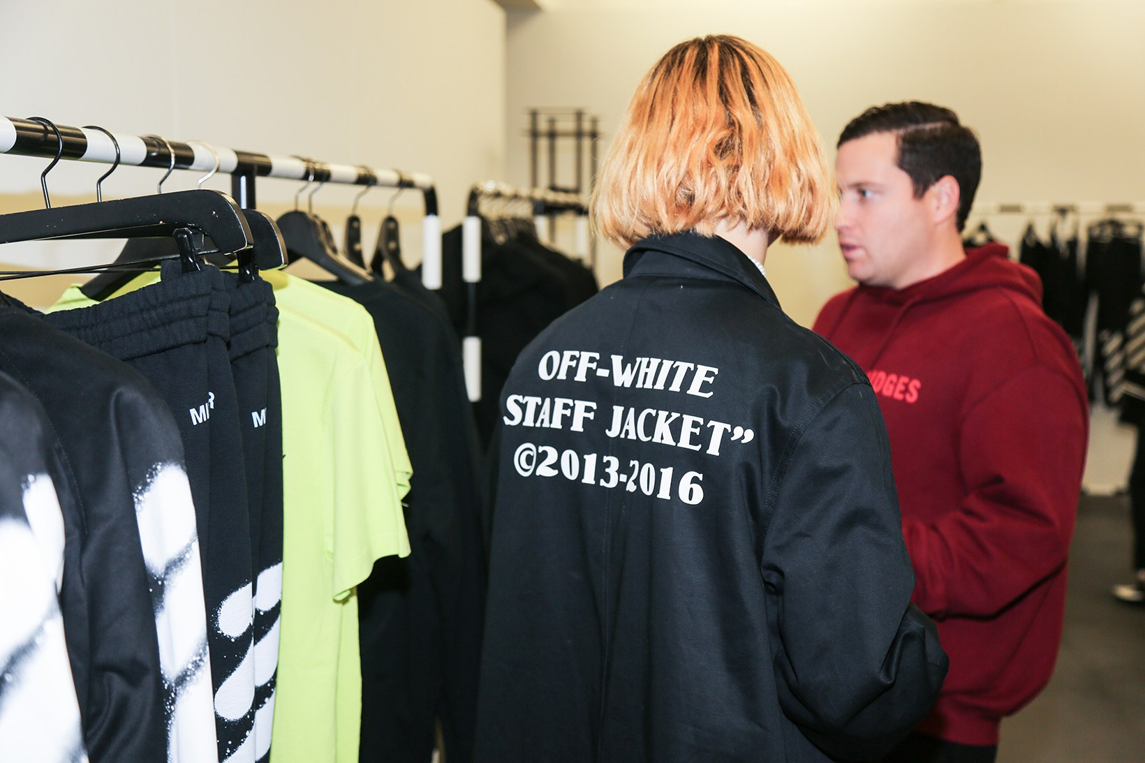 off-white-pop-up-maxfield-photographs-pause8
